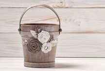 Rustic Wedding ideas / You'll find our ideas for a perfect rustic wedding day here. Rustic wedding favors, rustic wedding decors, gift ideas and much more...