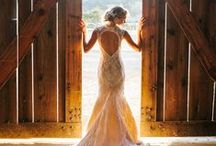 Rustic Wedding Dress ideas / Here you will find a collection of rustic wedding dress ideas.