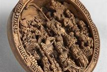 16. Yüzyıl'a Ait Minyatür Ahşap Oymalar / Orta Çağ'da Katolik Kilisesi'nin etkisiyle başlayan gotik sanat akımının minyatür ahşap oymalara yansımış örnekleri. (Deniz Humması - https://wp.me/p7eZYA-165)