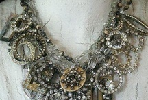 Beading Jewelry Designs / by Patty Brown