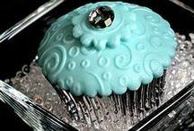 Cupcakes y Muffins / Cupcakes y Muffins de todos los colores, sabores y tamaños :) / by Patricia Crespo Rivera