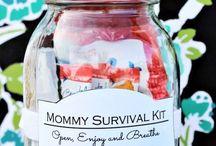 Værtindegaver   Gifts for the Hostess / Husk at tage en lille gave med, når du skal til fest hos familie eller venner.  Alle elsker en lille opmærksomhed, når de er vært eller værtinde.