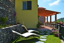 Houses rentals near Portofino and Cinque Terre in Liguria. Italian Riviera at Its Best ! / See us on Homeaway, Leivi : Attic Sole, Casa Limoni, Appartamento Panorama , and Two joining rooms
