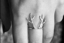 Look at my rings, my rings, my rings.