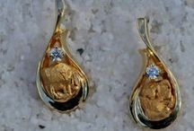 Gold Nugget Earrings / Alaskan Gold Nugget Earrings...
