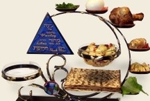 PASSOVER / One of my favorite holidays! Yes I even look forward to eating matzah.  Recipes, Jewish stuff for the holiday