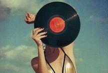 A l'oreille I Jukebox / De la musique avant toute chose (Paul Verlaine, Art poétique)  / by Anna aime
