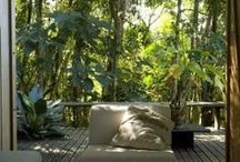 Eco-living & architecture / Living in accordance with nature