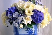 Virágok az asztalon/Flower arrangements
