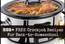 Crockpot and Freezer Cooking / Looking for easy meals to make ahead? Check out these great ideas for crockpot and freezer meals.