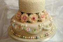 BAKERY ~ CAKES / by Carolyn