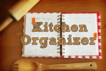 Kitchen Organizer / Ideas on how to keep your kitchen space clutter-free
