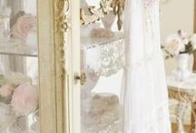 BLOGS ~ JENNELISE ROSE / The most beautiful Shabby Chic blog on the internet! / by Carolyn
