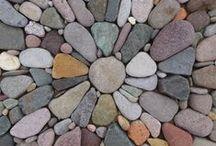 Kövek / Stones