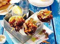 Picknick-Ideen / Einfache Snacks und Ideen für das perfekte Picknick. Fingerfood, spritzige Limonaden, gesunde Snacks und Salate für einen entspannten Tag im Grünen.