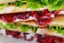 Sandwiches - fruchtig / Sandwiches sind auch ein guter Nachtisch oder als Frühstück geeignet. Die richtigen fruchtigen Rezepte findest du in dieser Pinnwand.