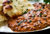 Indische Aromen / Die indische Küche ist eine meiner Lieblinge. Die Aromen und starken Gewürze haben es mir angetan. Kombiniert mit Naanbrot .... :-) himmlich.