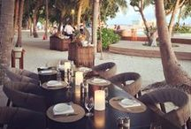 Outdoor Dining / Enjoy the evening outdoor with Neoz Cordless Lamps