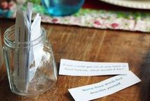 Family Conversation Starters ♥ / Ideas and topics for fun family conversation starters plus free printables you can download. Ice breakers, date nights and more ideas to get the conversation started.