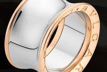 Jewels & Accessories / Joyas y accesorios
