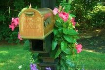 Cool Mailboxes / funky fun mailboxes