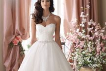 David Tutera Gowns Available at Marry and Tux Bridal / David Tutera gowns that can be found at Marry and Tux In Nashua, NH.  Please feel free to call us at (603)883-6999 if you would like more information regarding these gowns or visit our website at http://www.marryandtuxbridal.com
