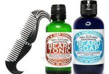 Dr K Soap Company / Dr K Soap Company to irlandzka marka kosmetyków do pielęgnacji brody. Dr K naprawdę nazywa się Rob i jest zbuntowanym irlandzkim biochemikiem. Dzięki temu kosmetyki Dr K Soap Company wytwarzane są wyłącznie z naturalnych składników najwyższej jakości.
