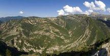 UNESCO Géoparc de Haute Provence / Notre camping a la chance d'être situé sur le territoire de l'UNESCO Géoparc de Haute Provence dont nous sommes d'ailleurs partenaire, ce tableau présente quelques sites parmi les plus proches.