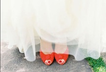 A Pop of Orange / Orange can be a beautiful addition to a wedding!