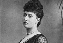 Maud : Queen of Norway (1869-1938) / by Julia Forster