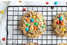 Cookies & Bars / Delicious cookies and dessert bars ideas