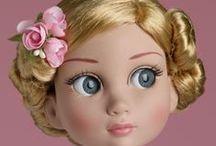 WILDE IMAGINATION -PATIENCE / Nouvelle ligne de poupée chez Wilde Imagination en Août 2013 et sculptée par Robert Tonner, la ravissante Garden Patience a déjà créé beaucoup d'enthousiasme...
