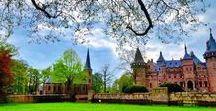 """Utrecht / Propinsi Utrecht yang sekaligus kota Utrecht adalah kota terbesar nomor tiga di Belanda. Selain itu, kota ini juga dijuluki sebagai Kota Pelajar. Untuk tempat-tempat wisata yang ada di Utrecht, kamu bisa ambil referensinya disini, di Board """"Utrecht"""". ~ep~"""