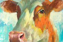 Theo Onnes / Theo woont en werkt in Eenrum. Het ogenschijnlijk zo gewone dagelijkse leven vormt zijn inspiratiebron: Licht in een sloot, omgeploegd land, de zon op de rug van een geit, de vertedering van een pasgeboren kalf.  Hij vertaalt zijn indrukken op krachtige wijze in zijn schilderijen en maakt zo zijn verwondering voor ons meer dan waarneembaar. Zelfs voelbaar. www.theoonnes.nl