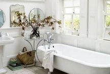 Moving Out: Bathrooms / by Allison Schneider