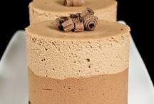 Desserts / by Miriam Vorbrook-Karidis