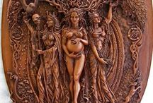 Goddess / by Zarina Braybrooke
