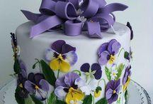 Decoração de bolos / by Guilhermina Baptista