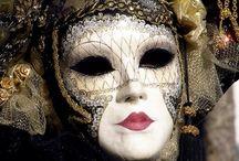 Máscaras venezianas / E outras