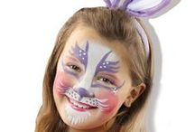SES Clowny / Under the Clowny flag, SES produces and sells SES face paint and costumes. When children become totally engrossed in a role play, they develop their social skills and empathy.