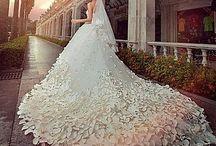 Tudo para casamentos / Vestidos sapatos bosques véus acompanhantes etc.