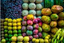 Market..Plazas...Mercados / by Yolanda Hernandez