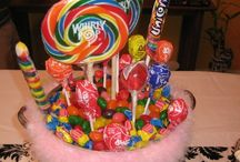 Sweet Tables Ideas / by Yolanda Hernandez