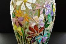 Mosaikki / koristeltuja ruukkuja ja muita juttuja