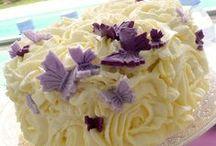 Gâteaux avec un étage (ou deux) en moins / Parce que les gâteaux de moins de 200 parts on aussi le droit d'être adorés !