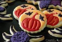 Halloween / Faire de son chez-soi le temple de l'horreur à bas de sablés, cake pops, gâteaux, DIY et autres petites décorations