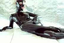 RubberHell.com / Rubber and latex fetish fantasies.