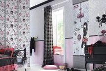 Papel Pintado Villa Coppenrath / ¡¡Papel pintado infantil para niñas!! Rasch lanza esta bella colección de papeles para decorar las paredes de las habitaciones de las niñas con un estilo divertido y muy dulce. ¿Su precio? ¡¡A 27 EUROS!!