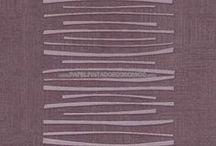 Papel Pintado a Rayas / Una dilatada colección de papeles pintados para paredes a rayas. Revestimientos para decorar paredes con rayas de todos los tamaños, grosores y colores. Perfectas para empapelar habitaciones grandes y abiertas.