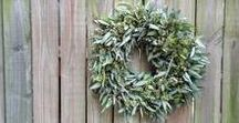 City House Country Mouse Wreaths / Seasonal wreaths, available for shipping within the U.S. at https://www.etsy.com/shop/cityhouseseeds or delivery in the Saint Louis region at http://store.cityhousecountrymouse.com/collections/all/wreaths.